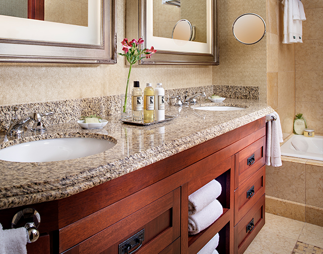 Robinson Suite Bathroom